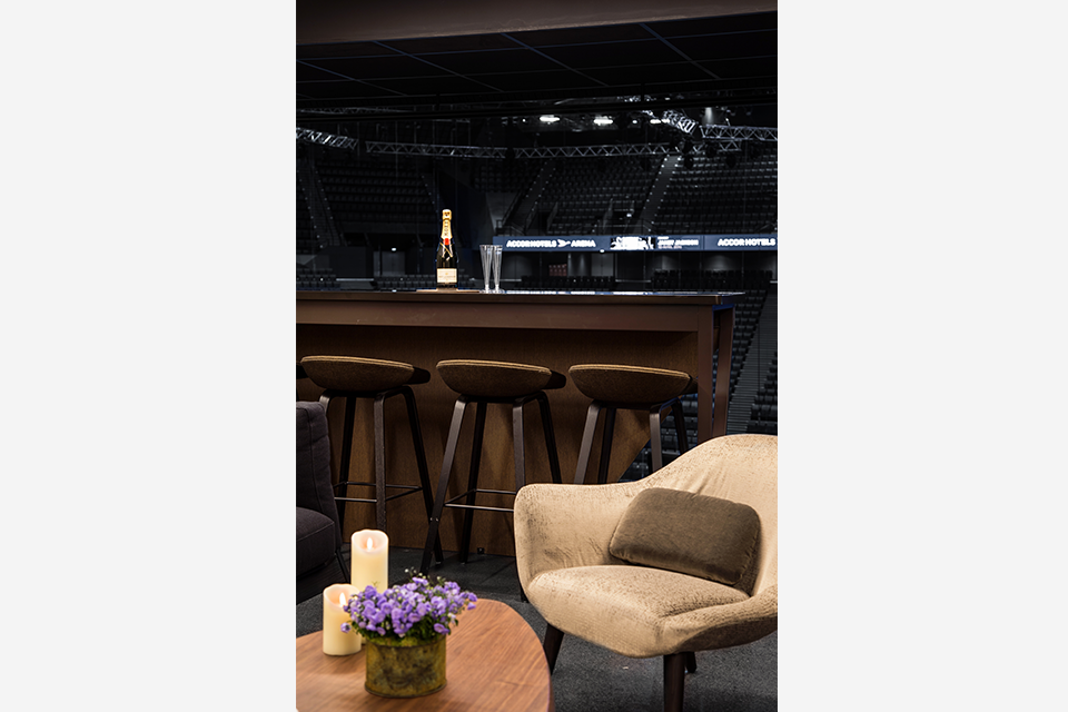accorhotels arena agence ana s gauthier. Black Bedroom Furniture Sets. Home Design Ideas
