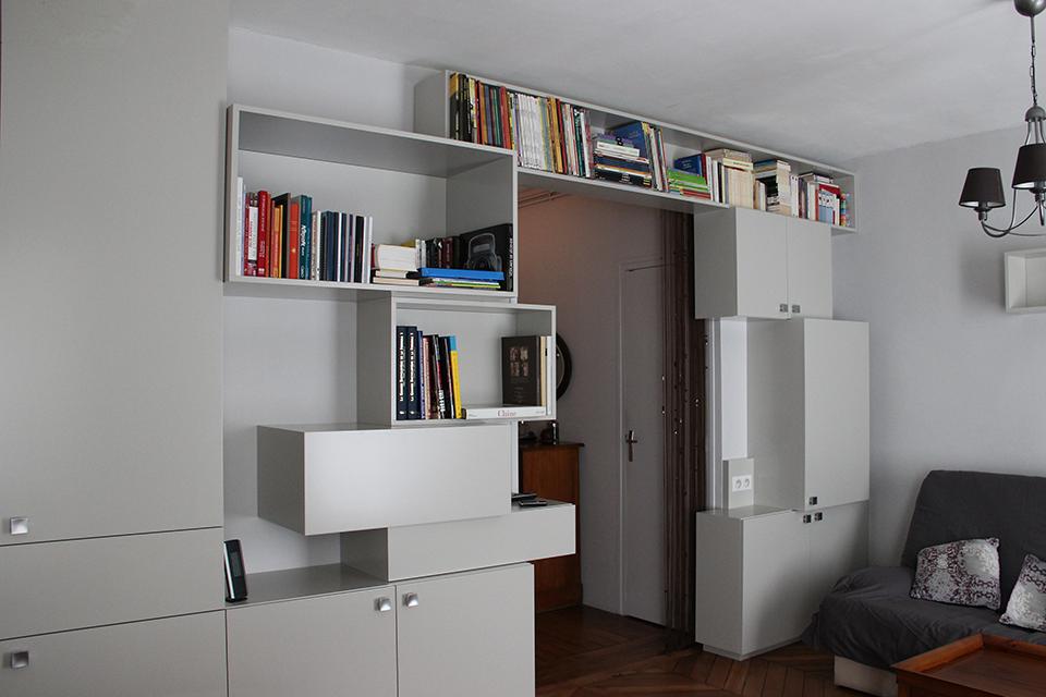 amenagement-salon-design-de-mobilier-sur-mesure-optimisation-espace-rangement-appartement-parisien-1