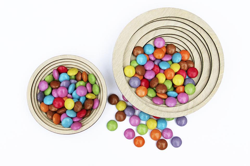 design-arts-de-la-table-decoupe-laser-wood-rings-corbeille-a-fruits-exposition-bhv-meet-my-project-matali-crasset-1