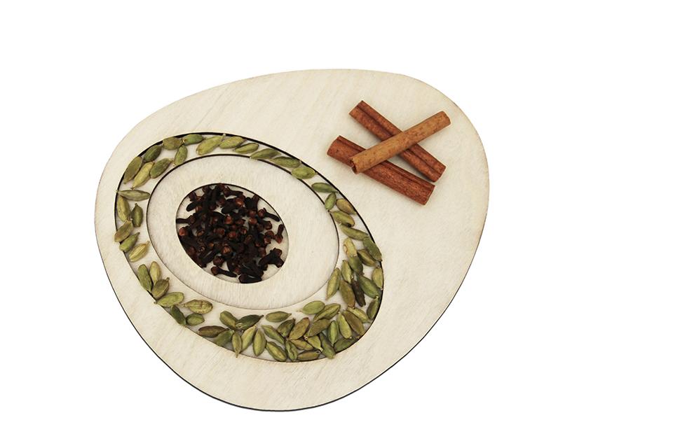 design-arts-de-la-table-decoupe-laser-wood-rings-corbeille-a-fruits-exposition-bhv-meet-my-project-matali-crasset-6