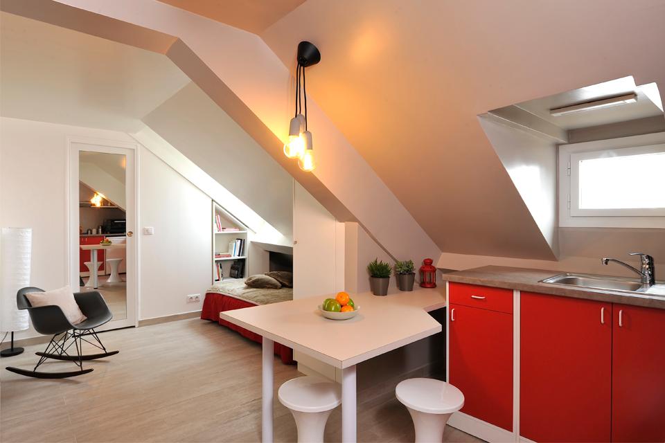 rénovation-chambre-de-bonne-studio-sous-combles-paris-optimisation-amenagement-petits-espaces-design-mobilier-1